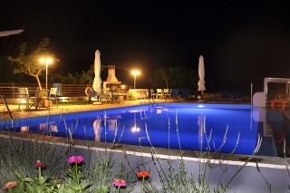 facilities george studios night pool