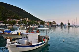 vassiliki george studios romantic harbour